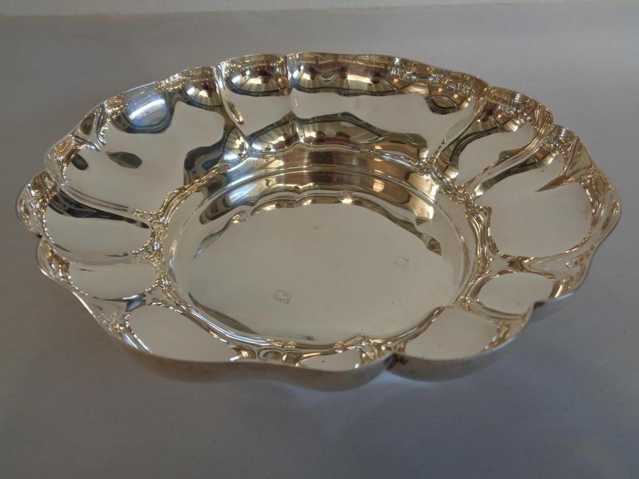 Solid Silver Dish - 175.6grs - Birmingham 1967