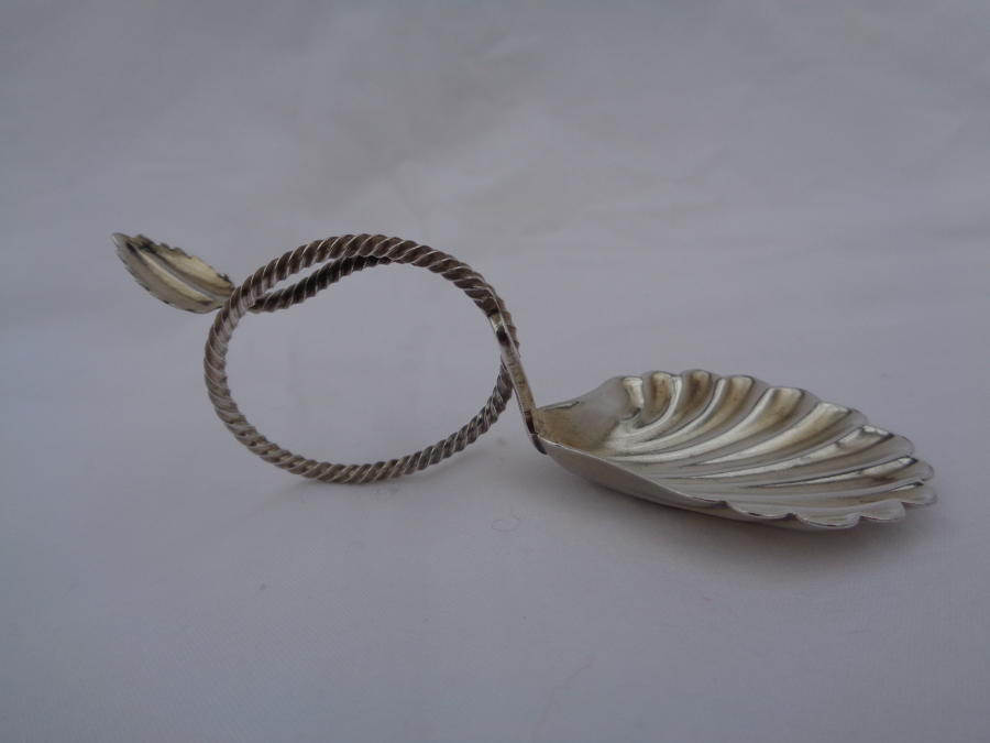 Solid Silver Caddy Spoon Twist Handle