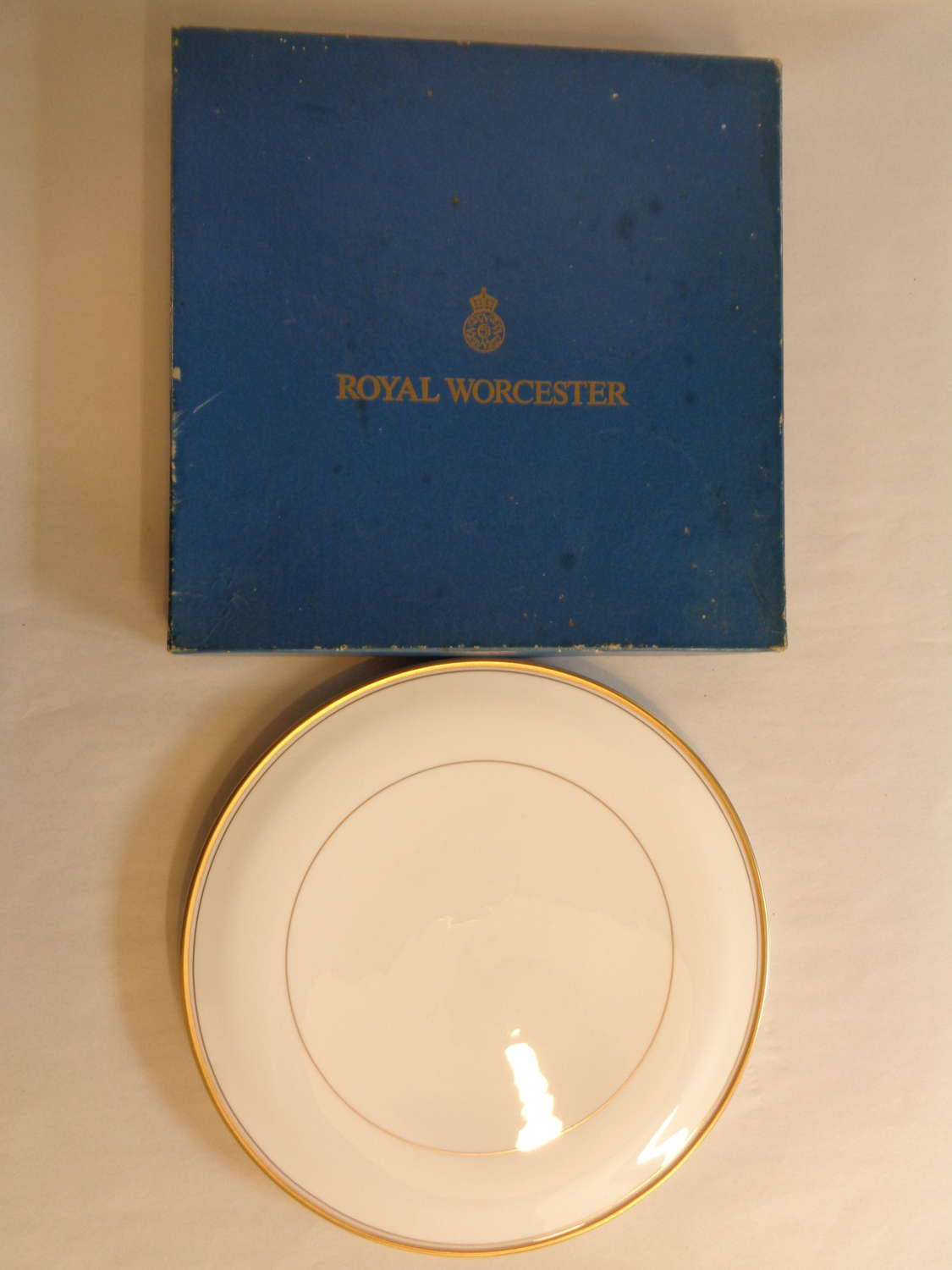 Royal Worcester 'Viceroy' Cake Plate