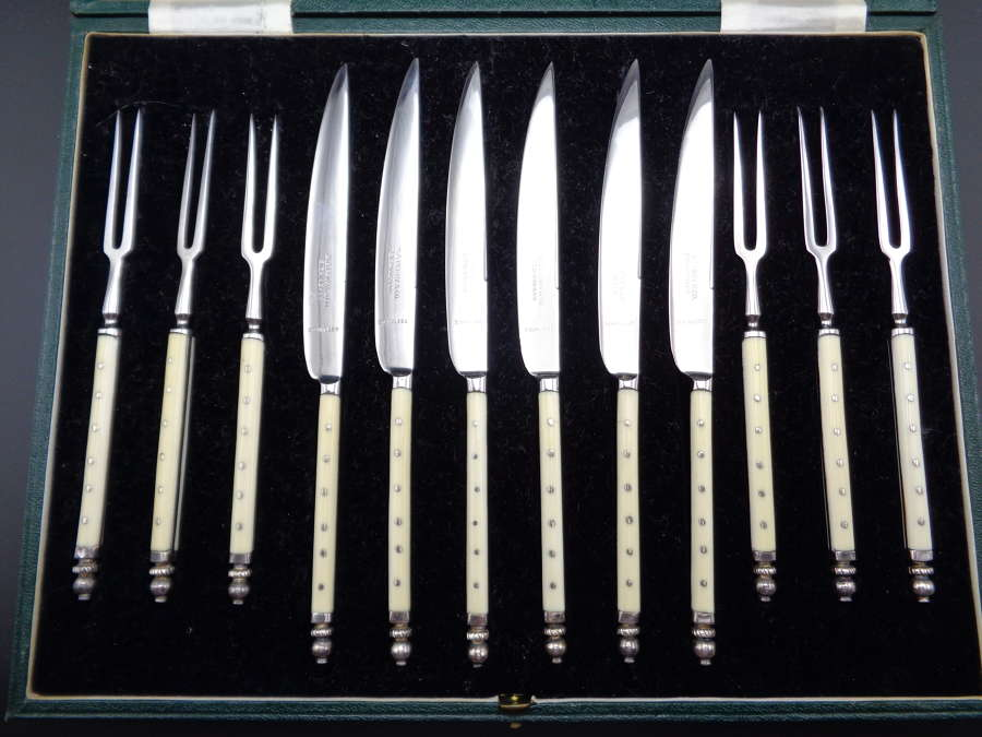 Cased Set of Dessert Knives & Forks