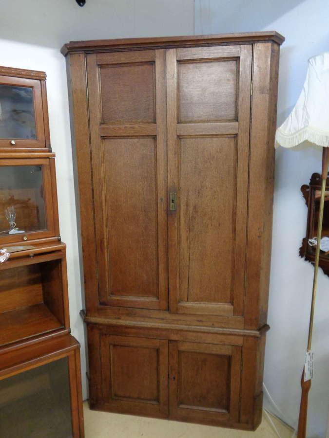 Antique Oak Floor Standing Corner Cabinet