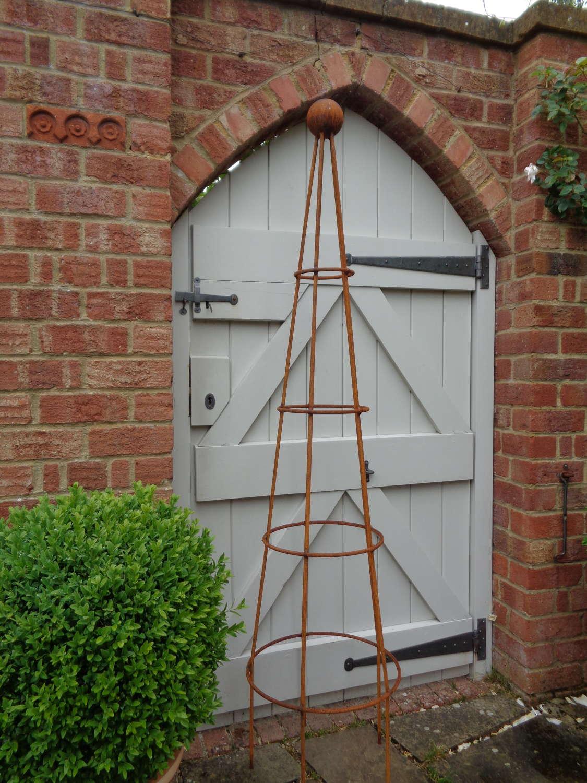 Garden Metal Medium Cone Obelisk Plant Support