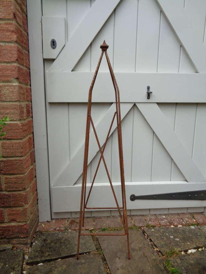 Garden Metal Gothic Obelisk Plant Support - Small