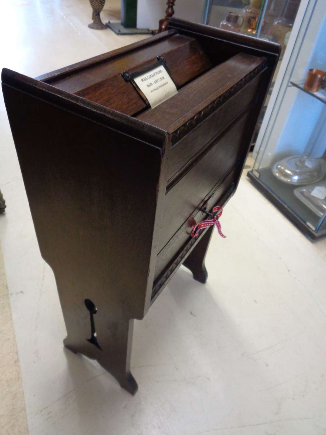 Rare Arts & Crafts Oak Hotel Posting / Letterbox with Key