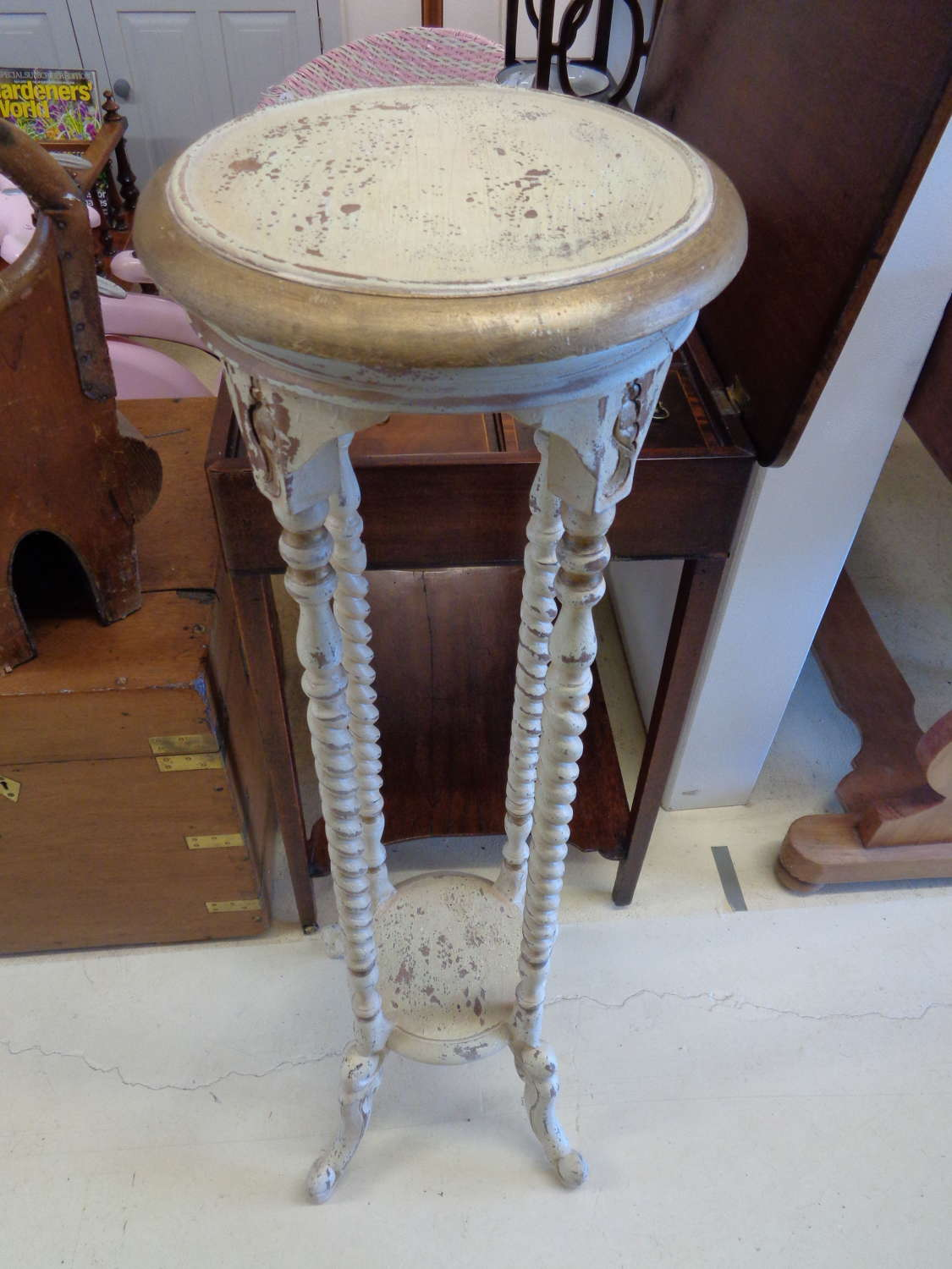 French Distressed Jardiniere Stand